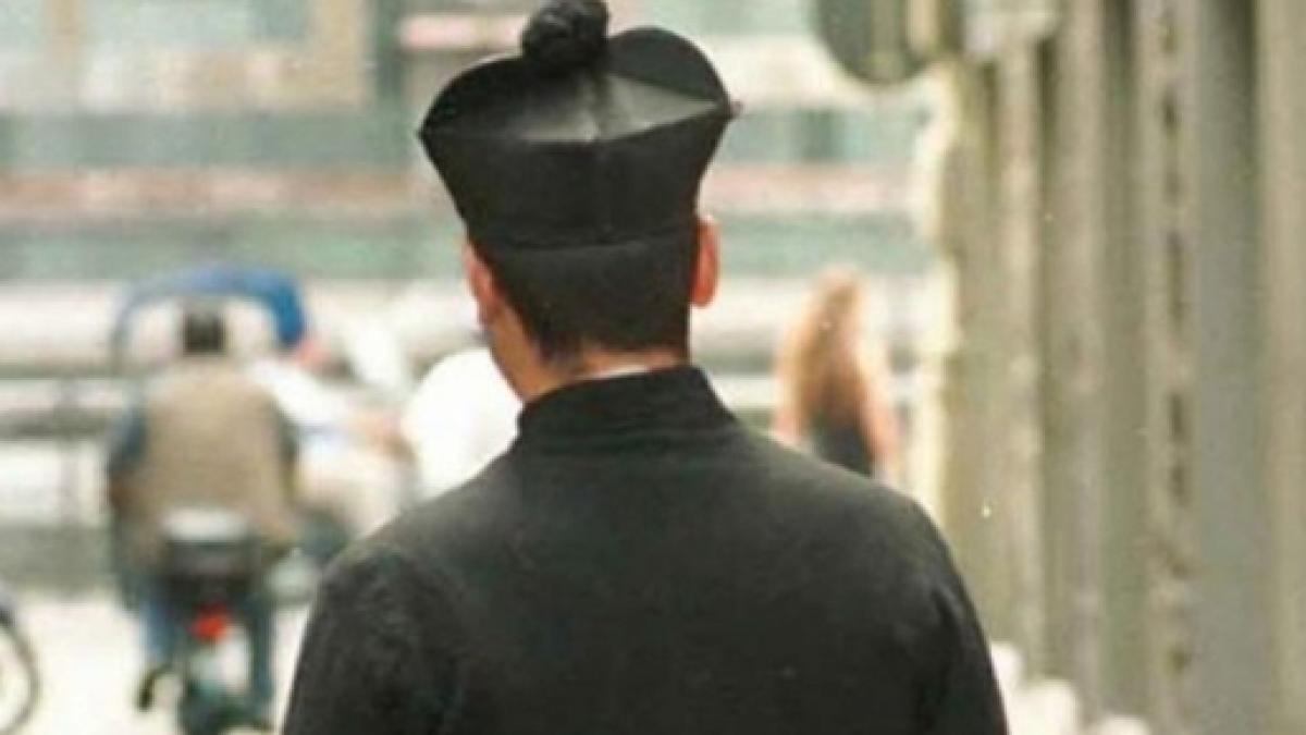Calabria: parroco assolto dalle accuse di stalking, resta..