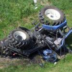 Calabria, si ribalta con il trattore. Morto 39enne